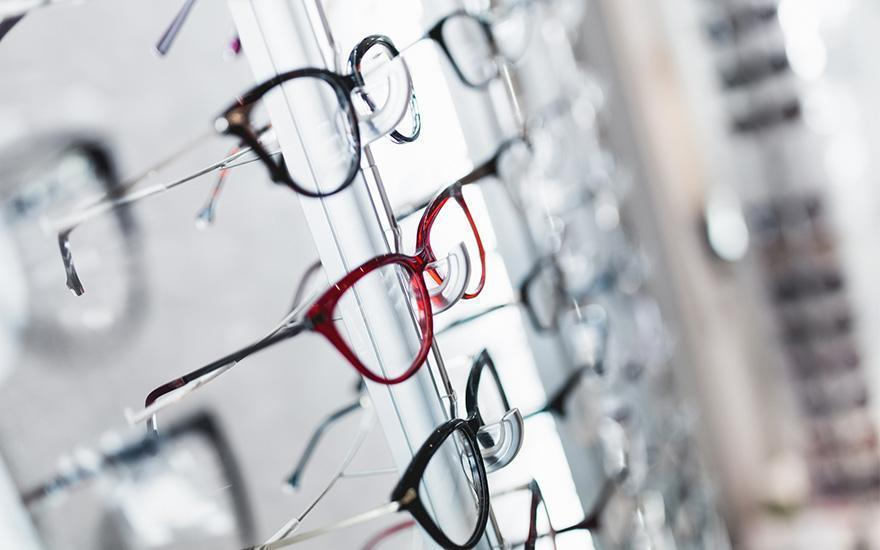 okulary nastojakach