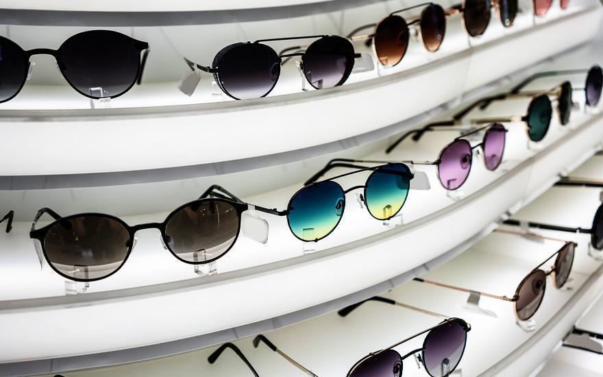 okulary przeciwsłoneczne napółkach